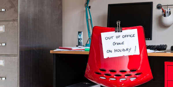 "Come impostare un messaggio di ""Out of office"" durante le ferie"